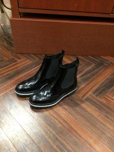 ブーツ・ブラック